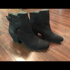 Black ankle boots NTW